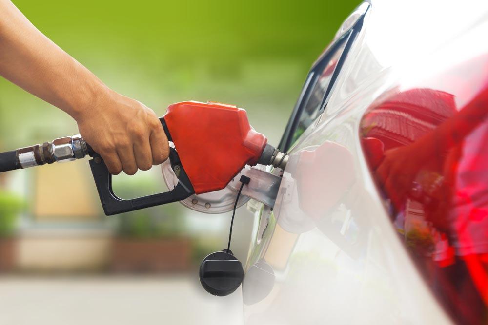 ¿Cómo afectan las gasolinas de baja calidad al motor de tu coche? | Talleres AGM Albacete