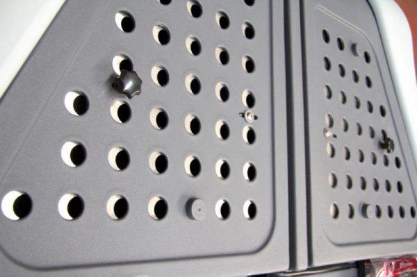 Rejilla ventilación towbox