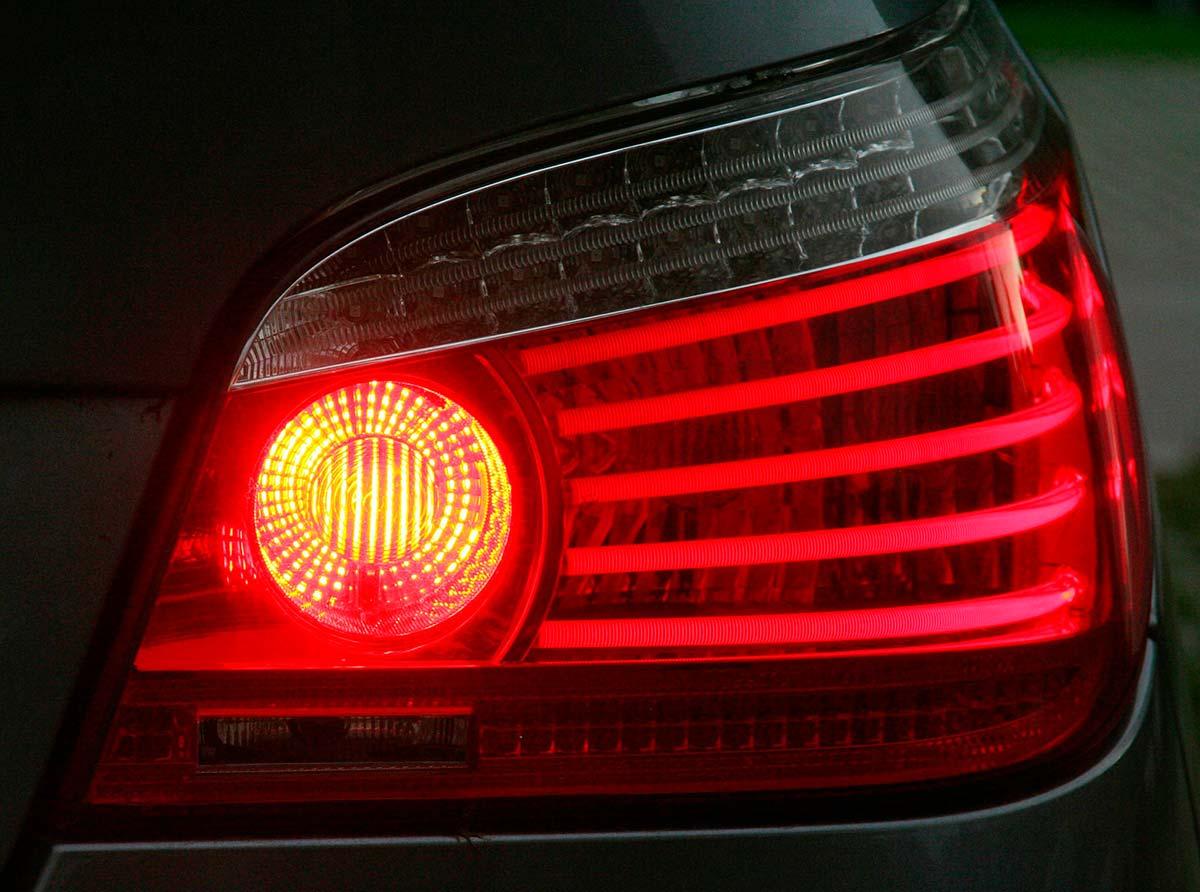 Iluminación de coches | Talleres AGM